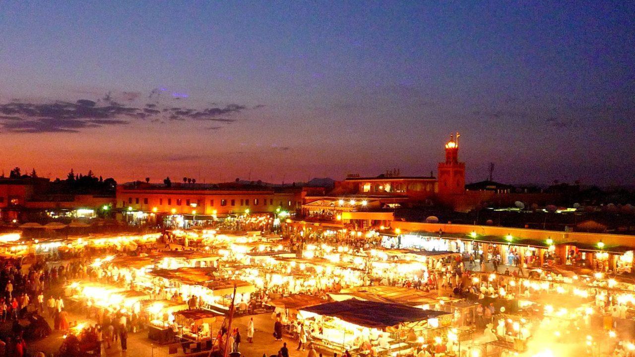 モロッコ マラケシュ 夕暮れ